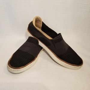 UGG Women's Sammy Slip-On Sneakers 6.5